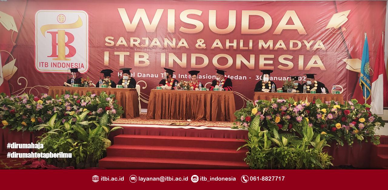 WISUDA ANGKATAN II INSTITUT TEKNOLOGI DAN BISNIS INDONESIA